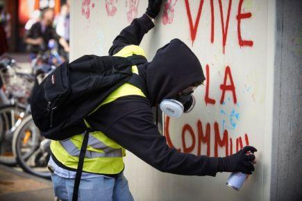 GJ_vive_la_commune